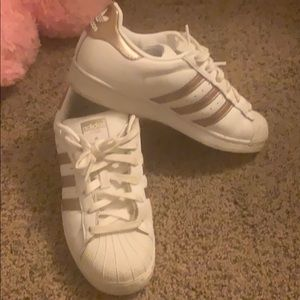 Adidas Superstar sneakers size 6 1/2
